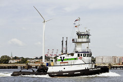 r_170921467_beat0057_a (Mitch Waxman) Tags: killvankull newyorkcity newyorkharbor statenisland tugboat newyork