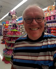 August 16, 2017 (10) (gaymay) Tags: california desert gay love palmsprings shopping statue artclimbers minniemouse mouse ribbon