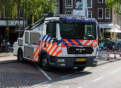 Dutch police MAN towing truck | Politie (Dutch emergency photos) Tags: politie police polizei politi polis towing truck man sleep dienst sleepdienst towingtruck amsterdam nederland nederlandse dutch emergency 112 999 911 bxfj23 9612
