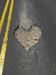 No. 1522- 2 de agosto/17 (s_manrique) Tags: hueco calle roto lineas