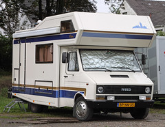 Daily Camper (Schwanzus_Longus) Tags: german germany italy italian delmenhorst old classic vintage camper van rv motorhome iveco daily clou bpnn35