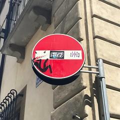 Florence street art (travelontheside) Tags: italy italia tuscany toscana florence florenceitaly firenze art streetart publicart streetsign streetsigns clet cletabraham