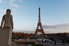 Tour Eiffel depuis le Trocadéro (Livith Muse) Tags: toureiffel statue paris îledefrance france fra eiffel tower dxo eiffeltower panasonic lumix gx7 mirrorless micro43 μ43 monument lumixgvario714f40 panasonic714mmf40 14mm