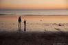 enfant sur la plage (brunoduboeuf) Tags: vendee d90 plage nikon sunset beach soleil ocean child enfant coucher sigma 17 70 landscape sigma1770