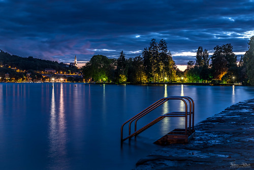 Blue hour in Annecy
