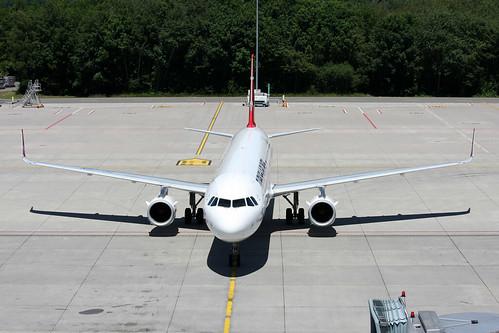 """Turkish Airlines Airbus A321-231 TC-JSN """"Yüksekova"""""""