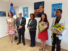 "Inauguración de la exposición de Julio Reyes • <a style=""font-size:0.8em;"" href=""http://www.flickr.com/photos/143921865@N05/36604721641/"" target=""_blank"">View on Flickr</a>"