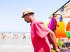 Summertime (Piero Riccardi) Tags: ambulante immigrato cielo mare acqua