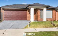 6 Amesbury Way, Clyde North VIC