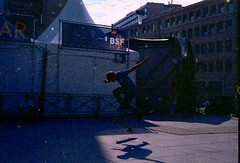 Free As A Bird (Pierre le Long) Tags: hobby oldschool vintage grain hip 50mmlens streetphotography skating analogphotography expiredfilm iso100 agfacolor nikon