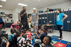 "thomas-davis-defending-dreams-2016-backpack-give-away-96 • <a style=""font-size:0.8em;"" href=""http://www.flickr.com/photos/158886553@N02/36995679516/"" target=""_blank"">View on Flickr</a>"
