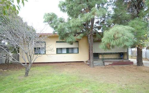 5 ROBERTSON CRESCENT, Deniliquin NSW