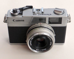 Canonet 28 (pho-Tony) Tags: photosofcameras canonet28 canonet 28 canon rangefinder compact automatic 35mm japan japanese f28 40mm 128 f40mm canoninc canonlens