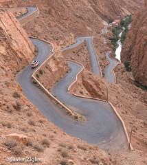 20130429-IMG_6230 (Javier Z) Tags: marruecos marrakesh street mountain calle montaa vueltas paisaje