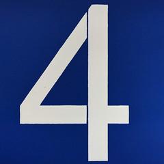 number 5 (Leo Reynolds) Tags: xleol30x four 4 onedigit number xsquarex panasonic lumix fz1000 grouponedigit