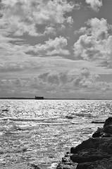 Charente Maritime (Isabelle Odent) Tags: nouvelleaquitaine charentemaritime île aix ponant fortboyard nb noiretblanc blackandwhite bw reflet reflection mer