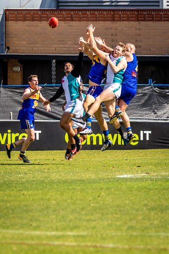 Harry playing footy Reserves Grand Final-71