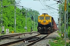 PUNE WDG - 4D (B V Ashok) Tags: offlink pune cr wdg4d emd 70625 bcna alwal alw scr