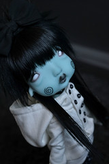 hump5 (Mientsje) Tags: humpty dumpty circus kane nefer artist bjd doll ball jointed yosd green cute gothic