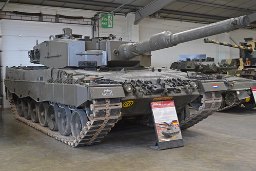 Leopard 2A4 'KU 84 01'