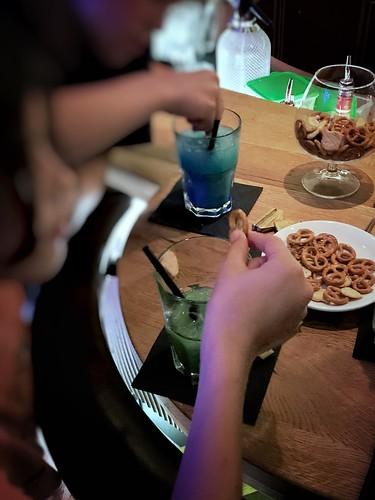 Cocktails und Bar-Gebäcke mit Ks #psychodad