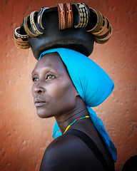 Namibia (mokyphotography) Tags: africa namibia woman donna tribù tribe tribal travel people portrait persone picture ritratto market mercato canon