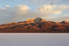 tunupa sunrise (Blue Spirit - heart took control) Tags: vulcano tunupa bolivia salar uyuni alba sunrise travel nuvole clouds