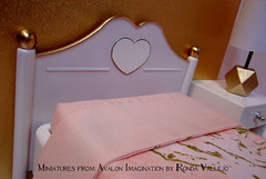 """The """"After"""" photos of the customized ES bedroom set. (wpnschick) Tags: barbiefurniture eversparklebarbiefurniture barbiefurniturerepaint barbieaccessories blytheaccessories blythefurniture 16thscale playscale"""