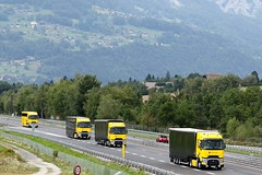 RENAULT FORMULA 1 TEAM (GAZ SELLERS) Tags: french driver photography photo travels monza speed fia team grandprix e40 passey mountains montblanc tunnel euro europe italy france racing race truck convoy formula1 renault