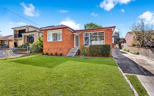 25 Denison St, Hornsby NSW 2077