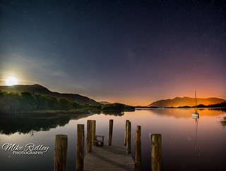Lodore jetty moonset ...