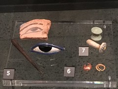 Revamped Ancient Civilisations gallery (SandyEm) Tags: 20september2017 ancientcivilisations aucklandwarmemorialmuseum aucklandmuseum museumgallery kohl dynasty18 egyptexplorationsociety egypt artefact faience ceramic abydos ellelarmana