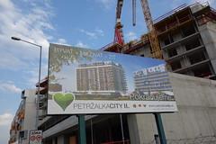 DSC03885 (Schafran) Tags: development construction crane branding citybranding division exclusion urban