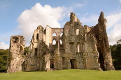 DSC_1719 (amoamas07) Tags: oldwardourcastle englishheritage castle ruin