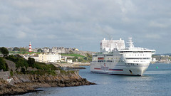 Pont Aven (PAUL Y-D) Tags: ferry brittany pontaven plymouth plymouthsound docking ship