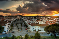 Vila Vicosa from the top of the castle walls (RAFA Prata) Tags: clouds alentejo portugal vila vicosa town sunset sundown beautiful windy canon 80d polariser 18135 orange white houses capela old amazing joby gorilla pod cars lights natural nocrop