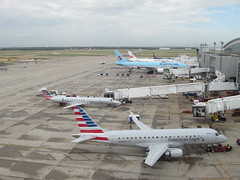 IMG_8361 (reezy87) Tags: american americanairlines airbus boeing 737 757 767 777 787 a319 a320 a321 dfw dallas airport aviation airplane airline flying