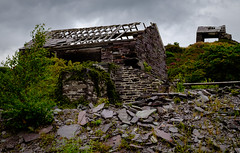 Drumhouses, Pen-yr-Orsedd (Rogpow) Tags: talysarn wales northwales snowdonia nantlle penyrorsedd quarry slatequarry slate drumhouse abandoned derelict decay ruin industrialarchaeology industrialhistory industrial fujifilm fuji fujixt1