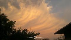 Apocalipsis (- - - Bryan M.G.C Photography - - -) Tags: cielo sky cream cremoso hermoso beautiful