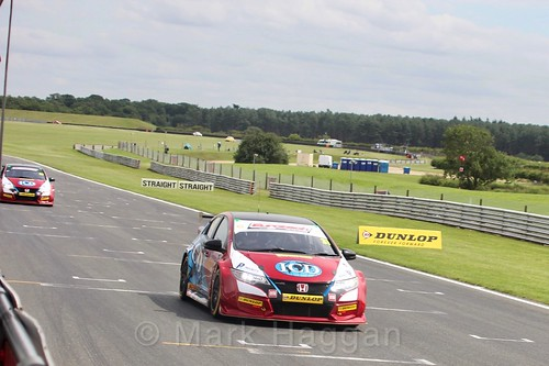 Jack Goff in BTCC action at Snetterton, July 2017