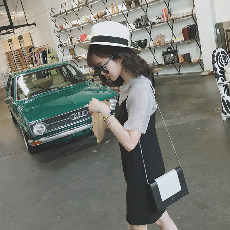 2017, the new version of the Korean summer a word skirt, chic two sets of small black suspenders dress, women show thin