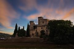 Chateau Lourmarin- Sunset (uschmidt2283) Tags: häuser provence frankreich langzeitbelichtung a7r hdr landschaften märkte türen