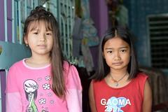 pretty girls (the foreign photographer - ฝรั่งถ่) Tags: two pretty girls children khlong lat phrao portraits bangkhen bangkok thailand nikon d3200