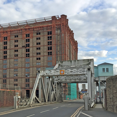 Lifting Bridge, Stanley Dock