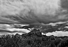 Sedona, Arizona (oybay©) Tags: monsoon summer clouds sky surreal az arizona sedona trail hiking landscape vista photograph photographer photography red rocks united states outdoor rock formation mountain hill sunset view colors lights town vortex cliffs formations streets pink purple blue uwb cloudy night