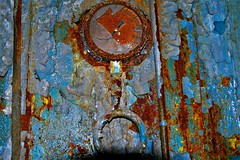 Rusty Gage (Explore!) (SCOTTS WORLD) Tags: 27november2009scottpanasonicfisherplant 11272009 adventure abandoned architecture america automobiles rusty ruin city color crusty fun fisherplant detroit digital decay downtown dilapidated detail 313 exploring empty enhanced texture panasonic peeling blue brown broken november 2009 september 2017 equipment