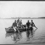 Archiv IN224 Freizeit im Ruderboot, Polizeischule Sensburg, Ostpreußen, 1925-1929 thumbnail
