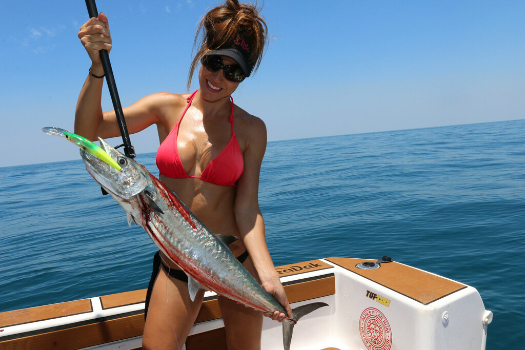 The world 39 s best photos of fishing and saltlife flickr for Fishing with luiza