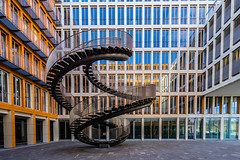 Up and down (*Capture the Moment*) Tags: 2017 architektur art artwork fenster kpmg kunst munich münchen olafureliasson sonya7m2 sonya7mii sonya7mark2 sonya7ii sonyfe1635mmf4zaoss staircase stairs window windows
