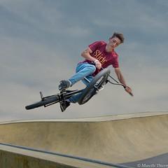 Vélo volant (musette thierry) Tags: d600 musette thierry acrobatie 28300 tournai skatepark sport vélo bike reflex nikon
